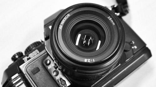 AF Nikkor 28mm F2.8