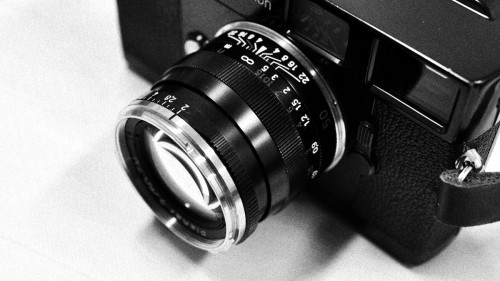 Carl Zeiss Planar T* 50mm F2